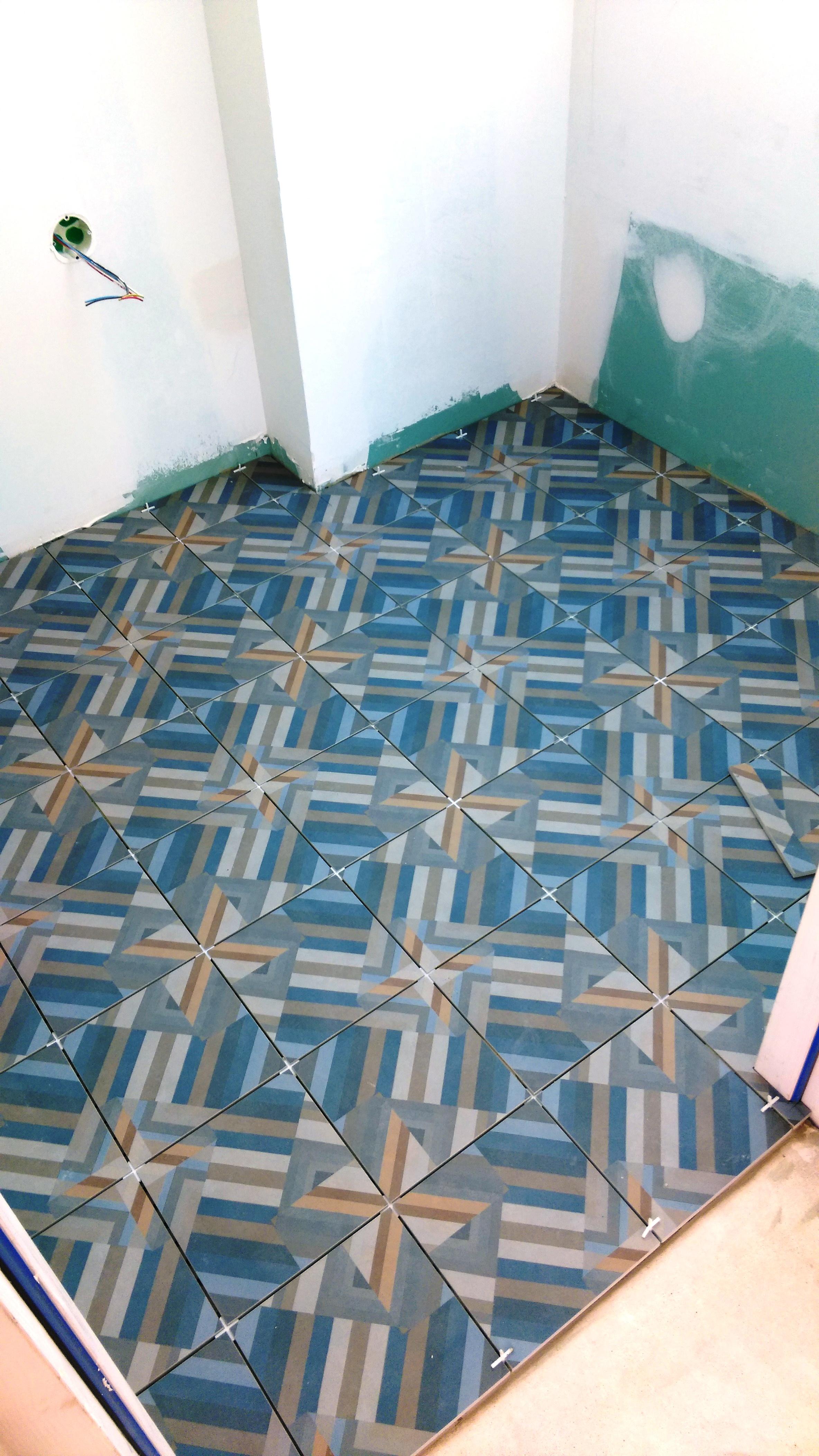 carrelage patricia urquiola carrelage patricia urquiola. Black Bedroom Furniture Sets. Home Design Ideas